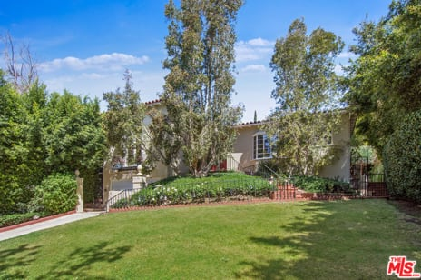 1136 N Doheny Dr